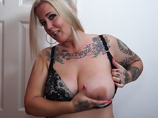 Tattooed chick Tattiana wants to moan while she plays with a dildo