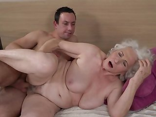 Grey-haired female gets her perishable cunt fucked by younger young man