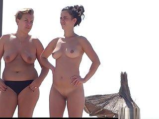Big Pussy Lips Nudist Milfs littoral Voyeur HD Video Spycam