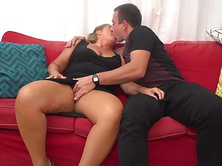 Giuliana is a mature whore who can not bog wean away from having casual fuck-a-thon adventures