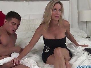 Provocative Taut Mam Smooches Her Junior Trainer With Humungous Man Sausage