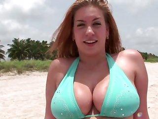 Stunning big bottomed bikini cowgirl wanna be poked foreigner behind