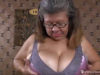 OmaGeiL Gathering of Hot Mature Films added to Pics
